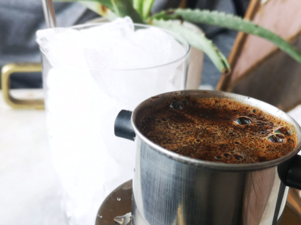 making vietnamese coffee at home